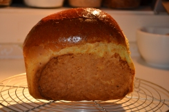 Amandelmelkbrood