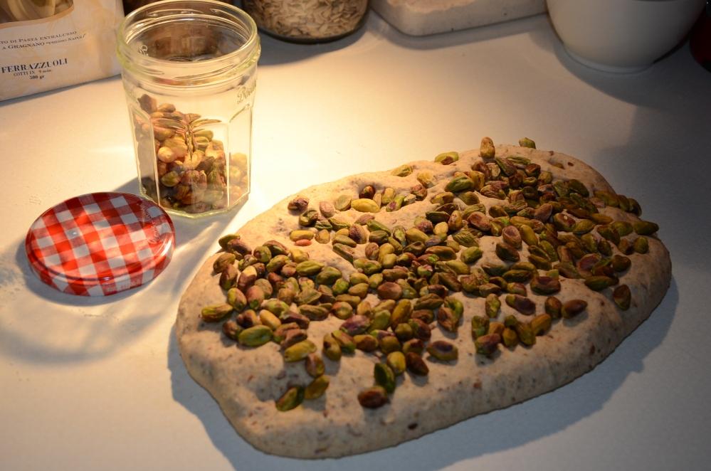 Pistachebrood met zure room /  appel-citroencake (5/6)