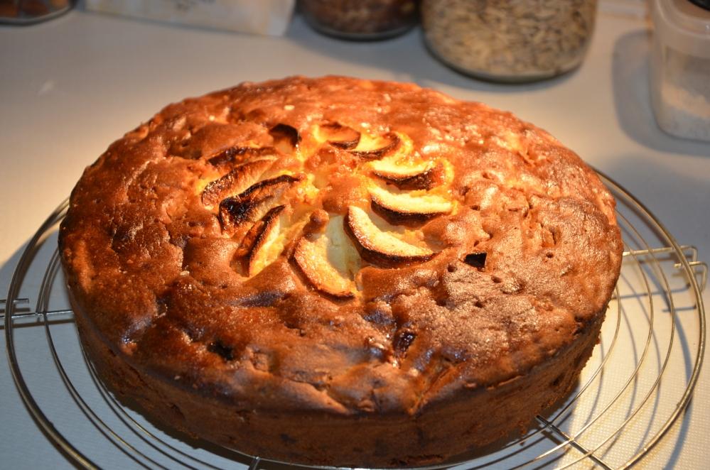 Pistachebrood met zure room /  appel-citroencake (3/6)